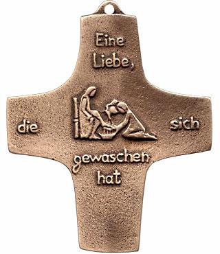 Bronzekreuz, 186, Eine Liebe, die sich gewaschen hat, h=9,5cm