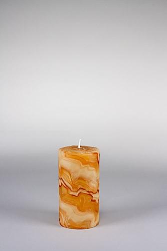 Stumpenkerze, 15 x 8 cm, 100% Bienenwachs, handgeknetet