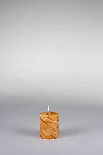 Stumpenkerze, 8 x 6 cm, 100% Bienenwachs, handgeknetet