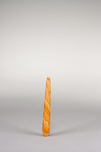 Spitzkerze, 20 x 2,5 cm, 100% Bienenwachs, handgeknetet
