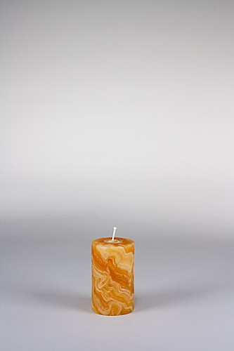 Stumpenkerze, 10 x 6 cm, 100% Bienenwachs, handgeknetet