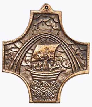Bronzekreuz 943002, h=9cm, Regenbogen und Schiff